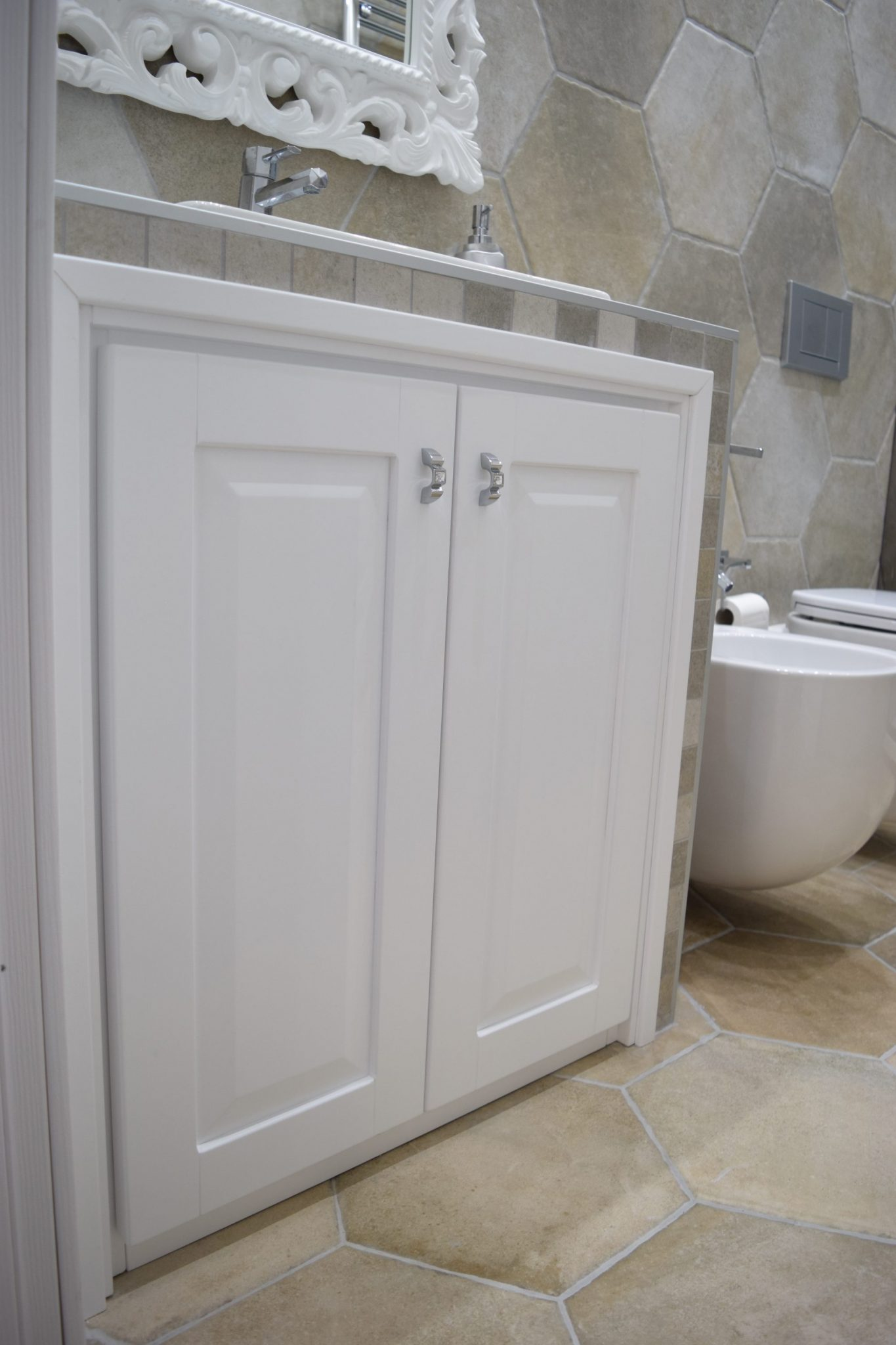 Mobili bagno su misura online bucefalo arredamenti for Arredo bagno muratura
