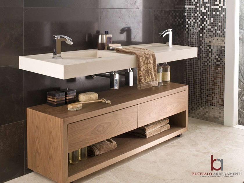 Arredo bagno moderno in legno di rovere bucefalo